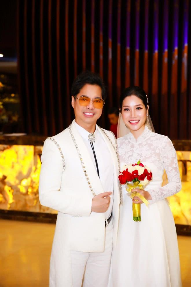 49岁男子娶25岁女学生做妻子,称最开始只是看中她的天赋