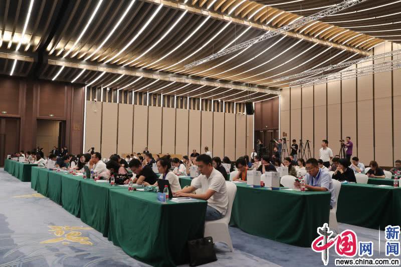 第二届进博会支持政策及一流服务宣介会在上海举行