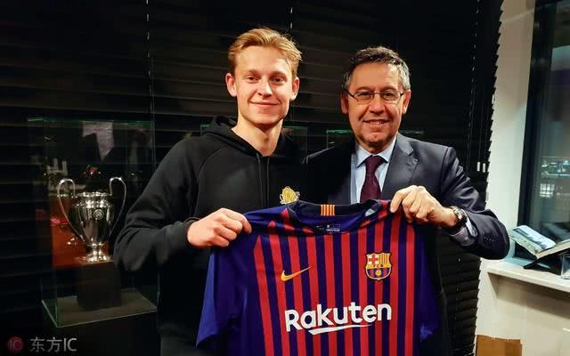 巴塞罗那希望将中场球员卖给尤文图斯,并交换两名球员
