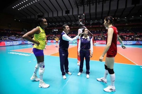 艰难击败巴西拿下6连胜,中国女排将直面夺冠对手美国队
