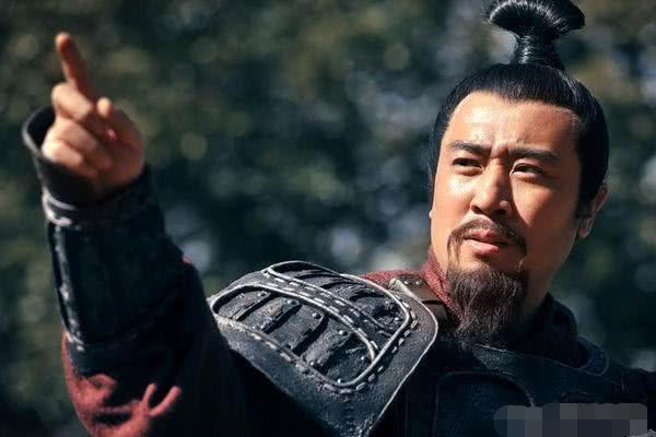 刘备死前暗示赵云一个特权,赵云没听懂,诸葛亮听懂却不敢多言!