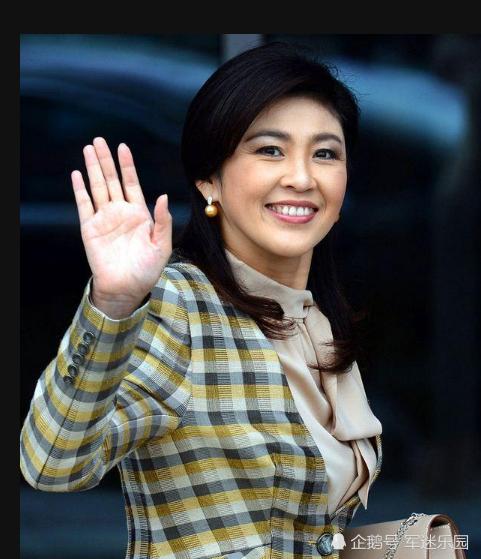 知道泰国前总理英拉颜值高,没想到儿子更帅气爆表,16岁身高已超180!