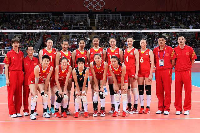 六年大变脸!伦敦奥运会女排12人,目前仅剩这一人还在国家队