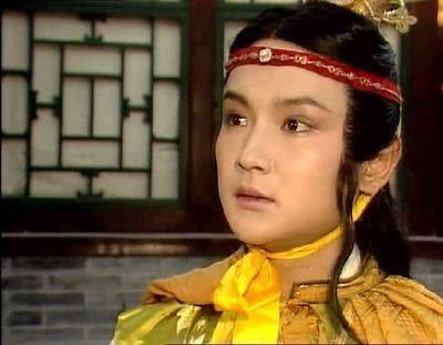 <b>贾宝玉的小名被贾母禁止,史湘云不能叫,为何丫头们挂在嘴上?</b>