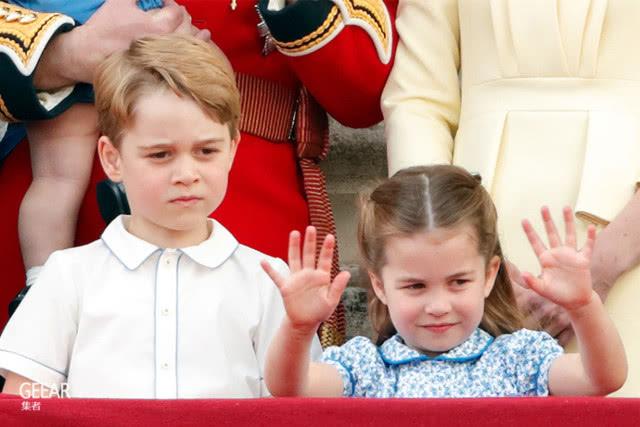 夏洛特小公主观看帆船赛时吐舌头,鬼马表情超可爱