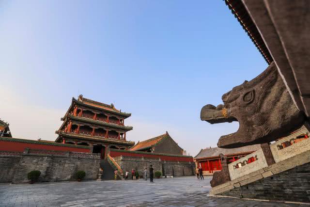 """在谈及近代中国历程时,我们为何会有一种""""错峰""""的感觉?"""