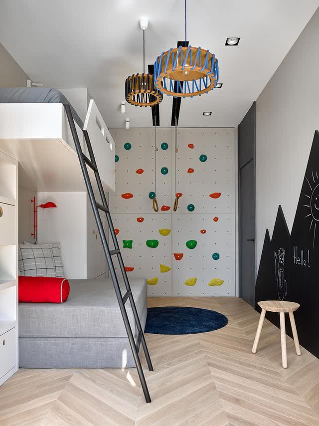 合肥88平房,客厅阳台通主卧,洞洞板铺满墙,儿童房秒变游戏区