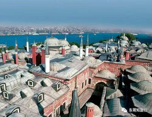 """托普卡帕宫是奥斯曼土耳其帝国苏丹的""""紫禁城""""这里是历史的展示"""