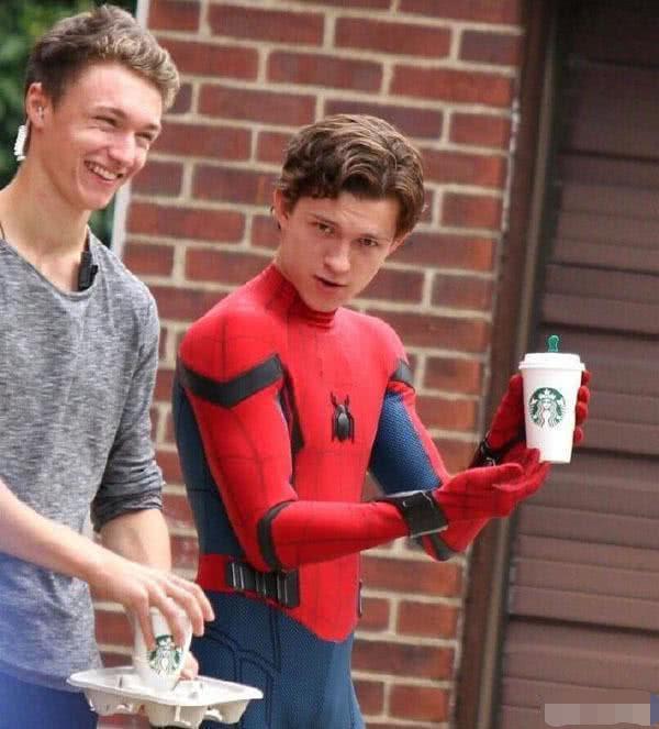 与索尼没谈拢,漫威恐将失去《蜘蛛侠》版权?这让荷兰弟咋办?
