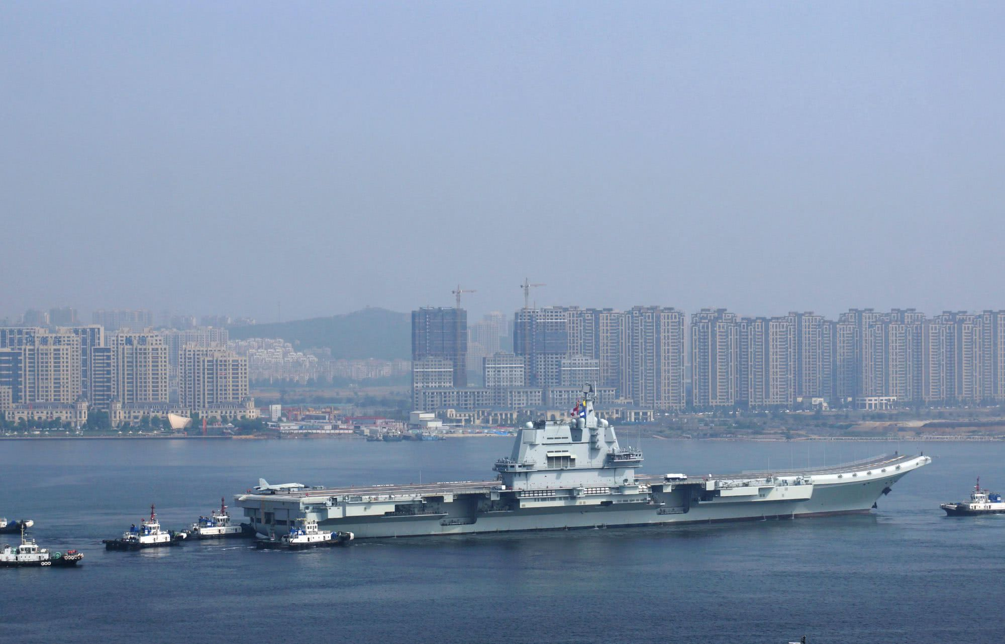 八一传来好消息,002航母出港海试,用实际行动击碎不实谣言