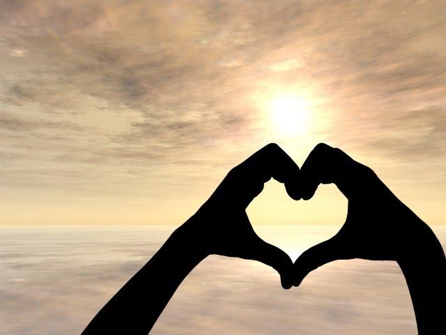 男人第一次谈恋爱的表现 让你更加清楚的看清他
