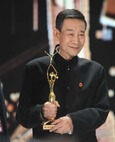 原来老戏骨李雪健的儿子就是他,靠自己能力成名,被称最正星二代