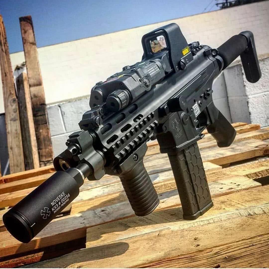 罗宾逊XCR极品战斗步枪