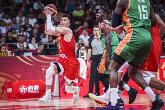 17分9助3板0失误!从饮水机到MVP,他是中国男篮的大腿!