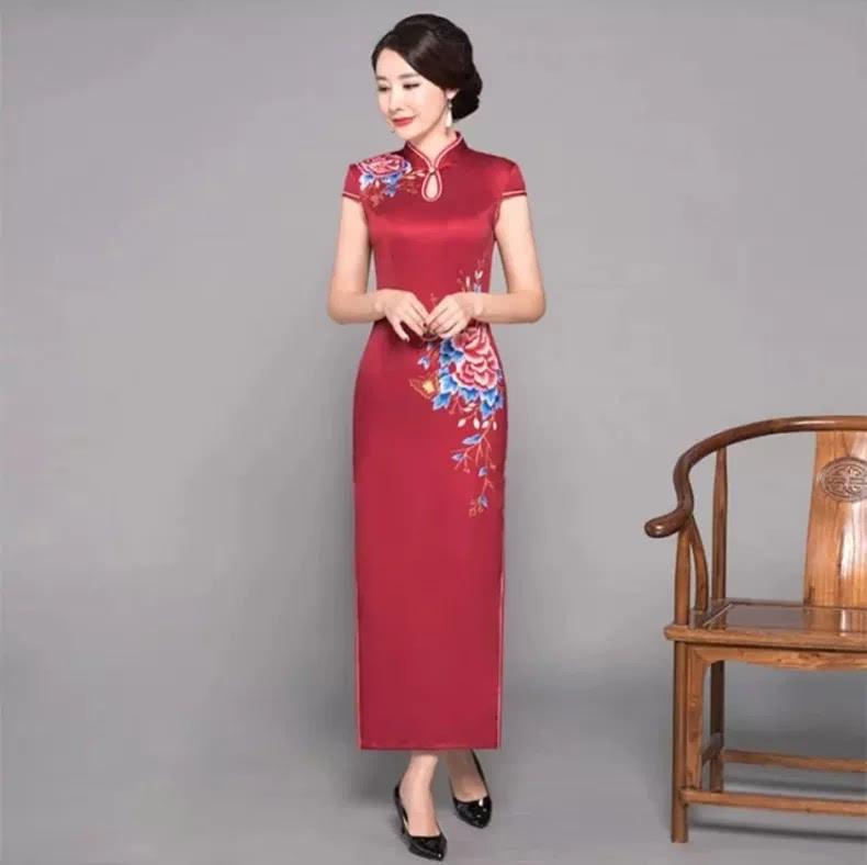 水滴领,一字扣,时尚长款旗袍惊艳中国美!