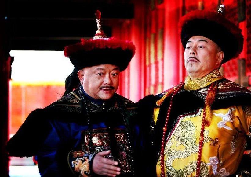 和珅被赐死,为何没有株连家人?嘉庆:和珅虽贪,但从无谋反之心
