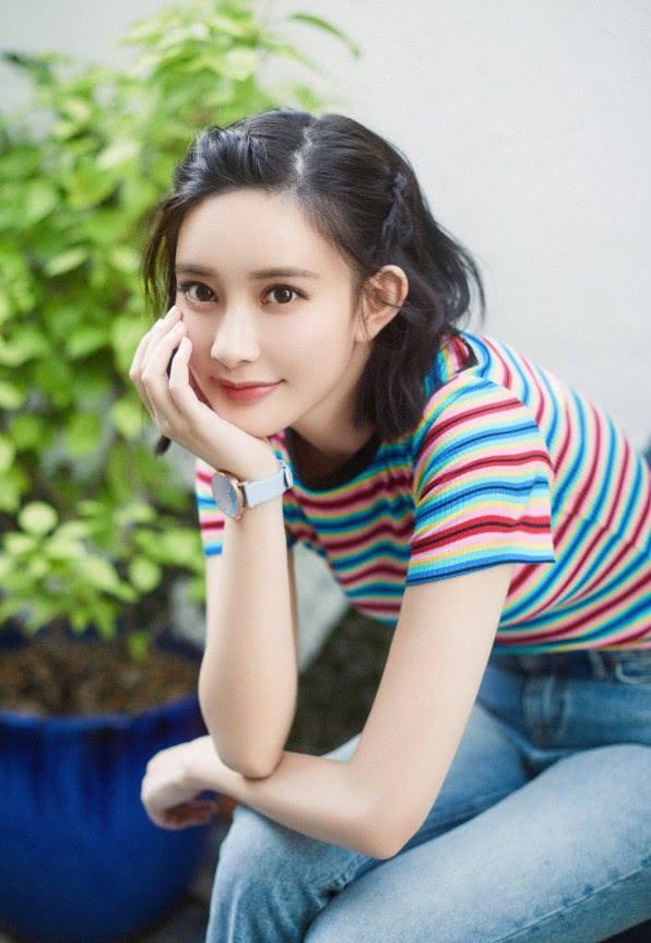孟子义的夏日专属彩虹色,在甜美与时尚间自由穿梭,惊艳了!