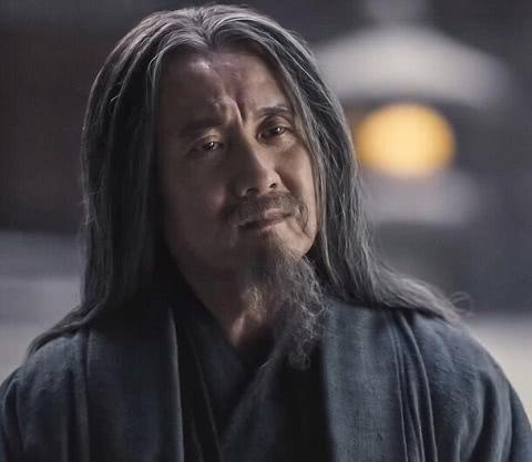 《九州缥缈录》雷碧城为什么救阿苏勒?雷碧城到底有什么企图?