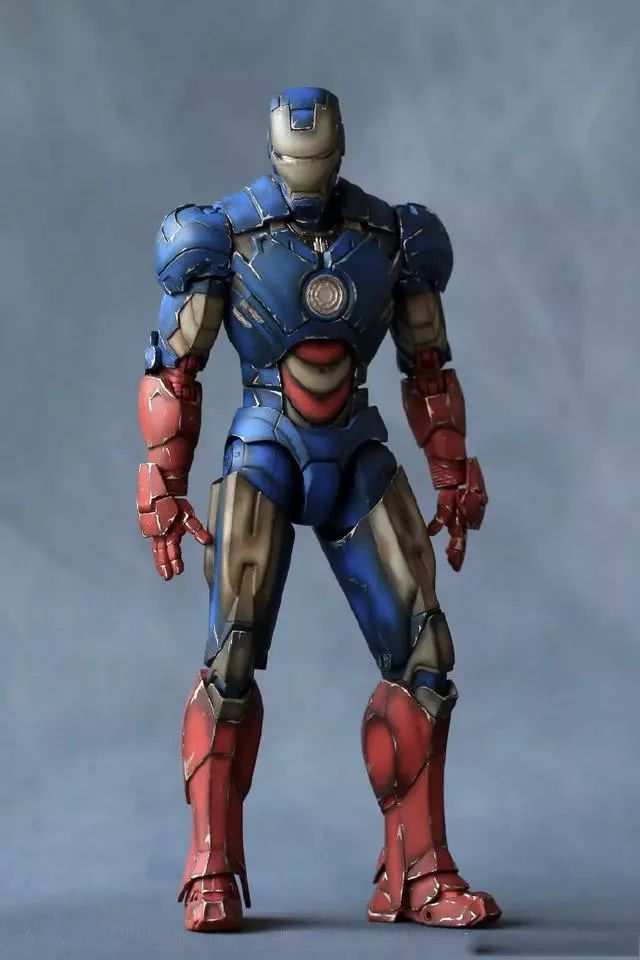 模玩控:1/12比例MK4 美队继承钢铁侠幻想涂装