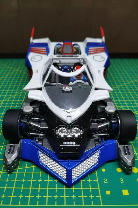 模玩控:驾驶舱精细化涂装,AI高智能方程式赛车雷神模型