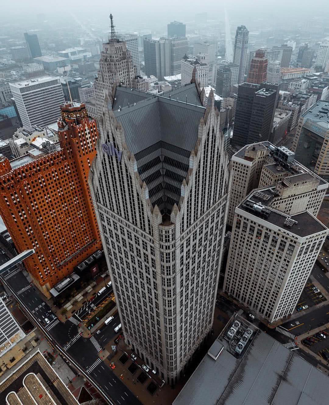 美国密歇根州最大城市底特律