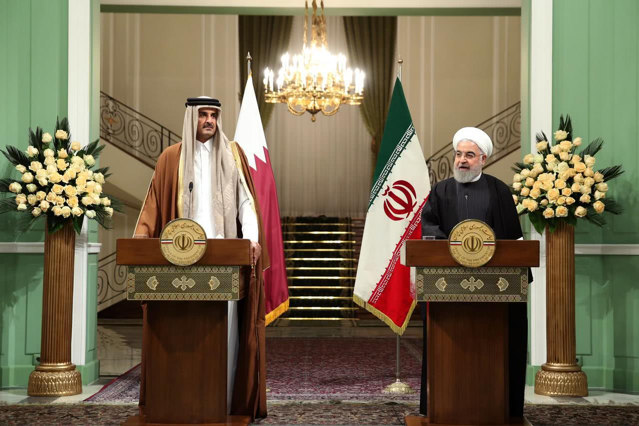 伊朗背后金主雪中送炭,掏30亿美元赔偿西方,公然和美国为敌