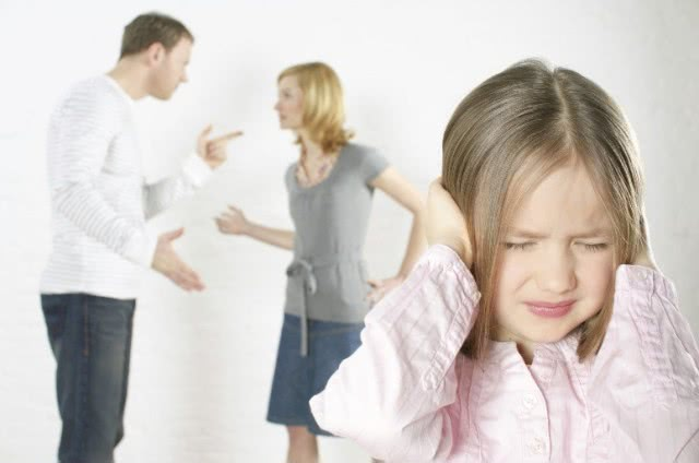 这五个坏习惯父母不可有,尤其是第一个,容易带坏孩子