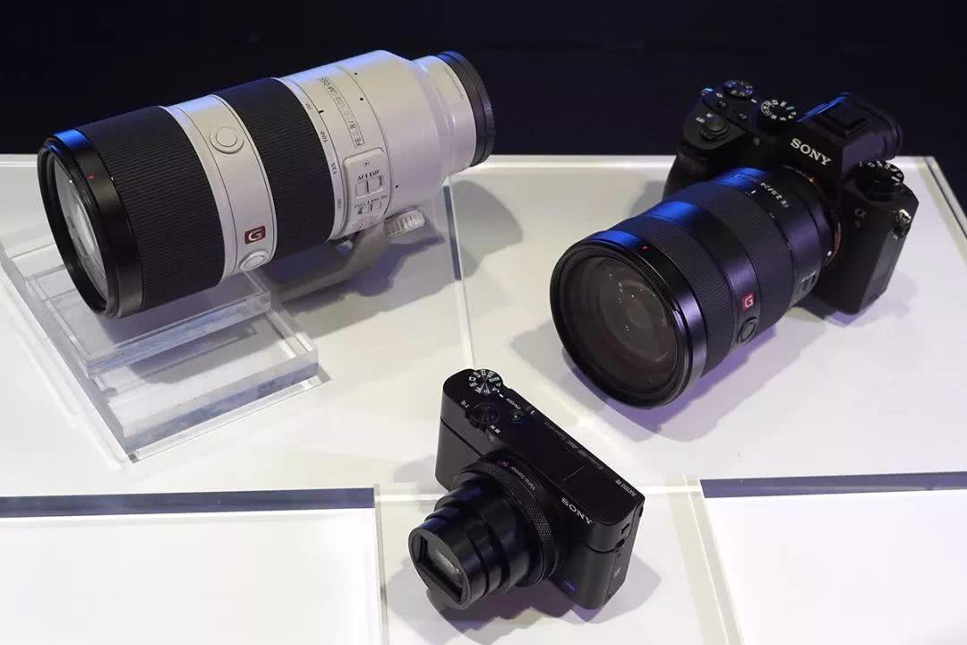 """索尼黑卡RX100M7:或许是当下最佳的""""追星""""相机?"""
