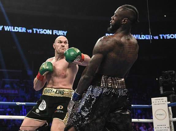重拳超泰森?泰森-富里被打服了:直言维尔德的重拳可以打死人