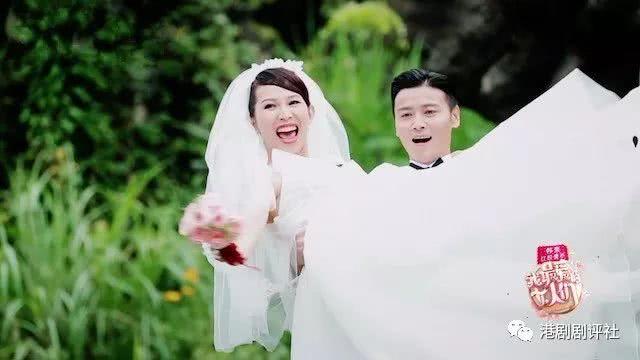 大肚蔡少芬与张晋再拍婚纱照 重温当年难忘时光