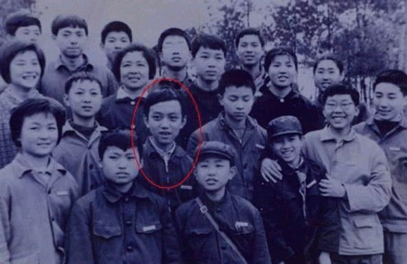 中国曾经第一神童,14岁考入科大,下棋赢过总理,现今情况如何