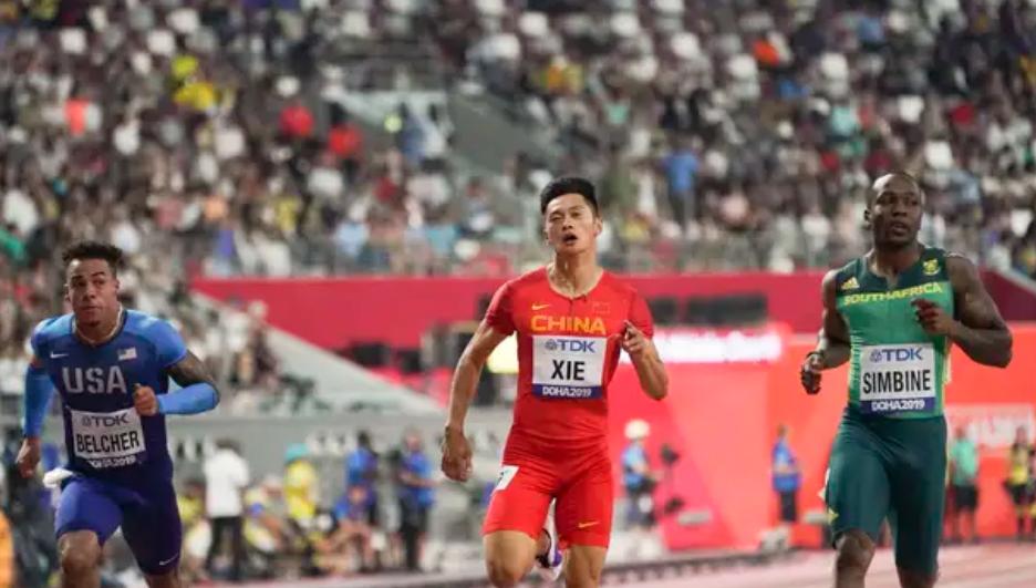 大事不妙!中国男子虽晋级4乘100米决赛,却迎来一个坏消息!