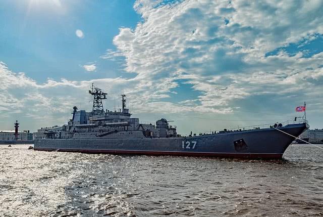 2019俄罗斯圣彼得堡海军节阅兵