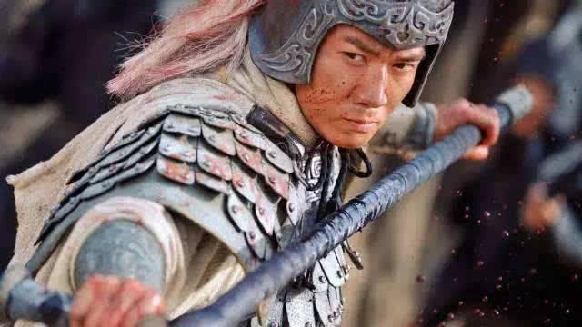 诸葛亮的《出师表》里提到的名将为啥不是赵云魏延,而是向宠