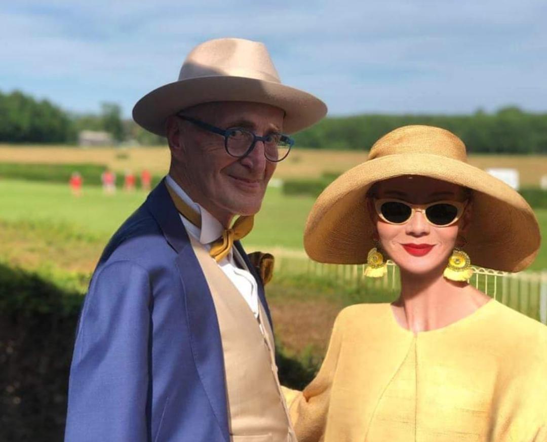 「德国赫本娜儿童铁元」70岁德国模特神似赫本,与男友大尺度热舞走红:她竟敢穿成这样……