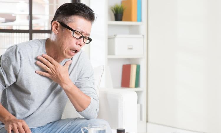 这些信号预示肺癌上身!可惜很多人到晚期才知道