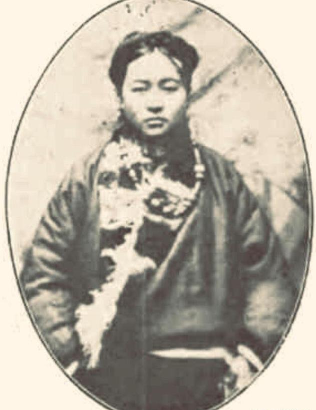 藏族女记者格桑曲珍:宋美龄的干姐妹,1978年69岁,青海寻找丈夫