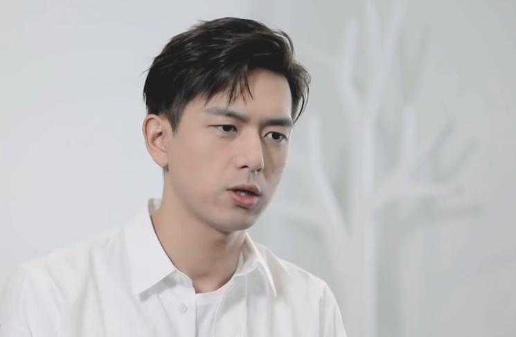 李现接受采访时,说到接下来的安排,网友:是演员该有的样子