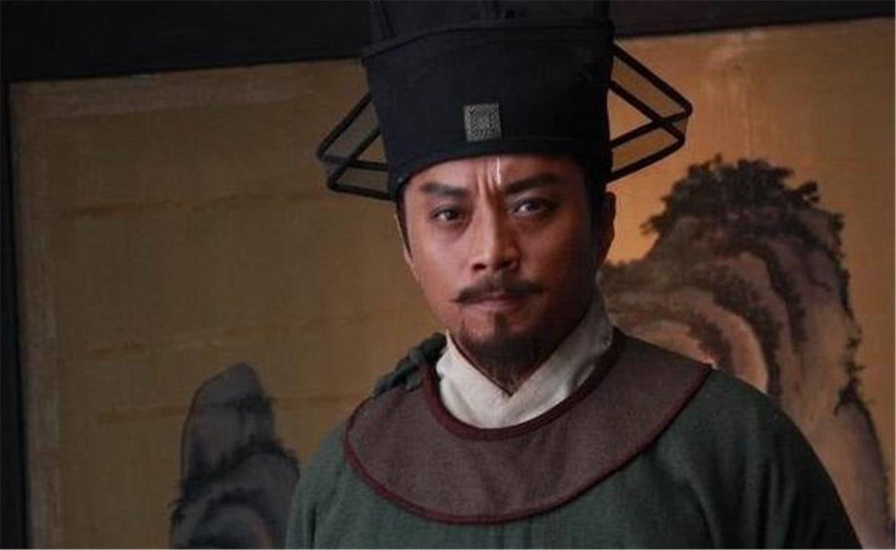 """""""老实人""""宋江,暗地想当大哥很久了,两刀杀了阎婆惜暴露出实力"""