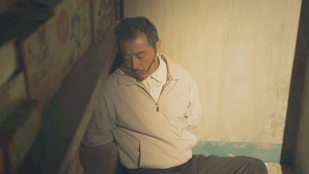 《无主之城》刘老师被打后,为何还选择陈立?原因与人性有关