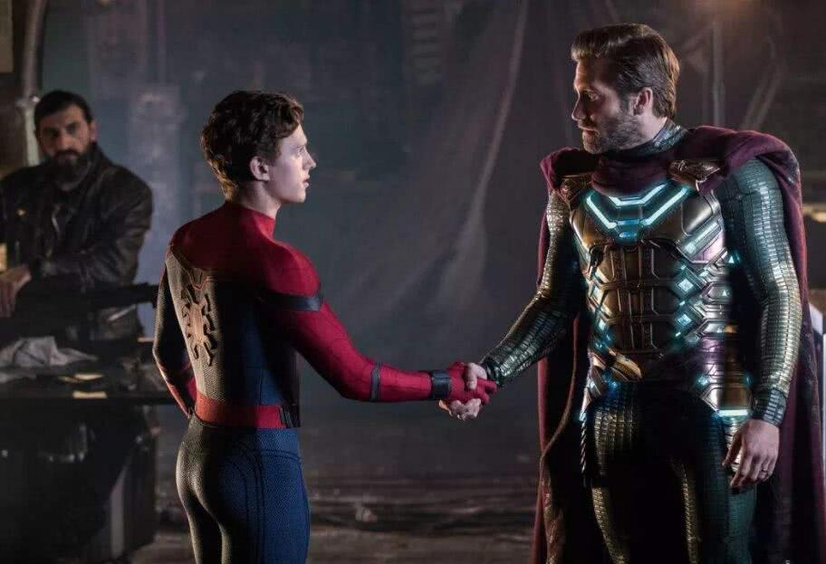 蜘蛛侠2:特效前VS特效后,其实草原上并没有飞机与花海