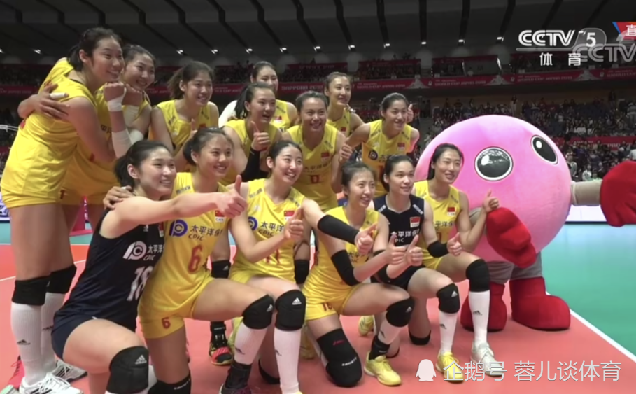 燃爆了!中国女排居然轻松完胜美国队;中国队上演酣畅淋漓的比赛