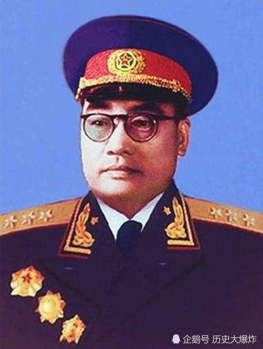 他是最特别的开国上将,一直担任军委纵队司令,负责保护军委安全