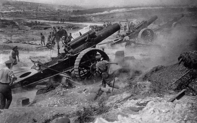 不到4平方公里阵地,已发射190多万发炮弹,比二战还激烈