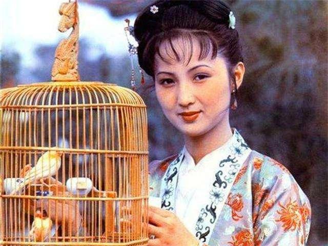 平儿是王熙凤的心腹,但她俩算真闺蜜吗?