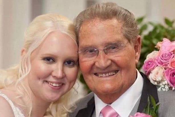 26岁女子嫁85岁老汉遭质疑,如今结婚刚2年其丈夫就去世了