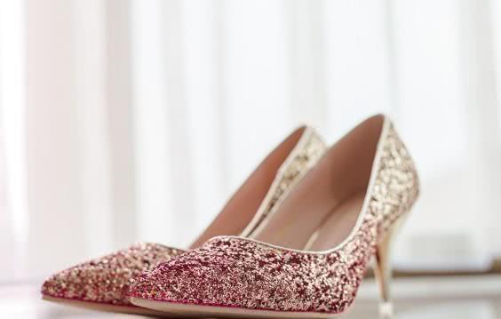 心理学:4双婚鞋,你最喜欢哪一双?测你会在何时结婚,好期待