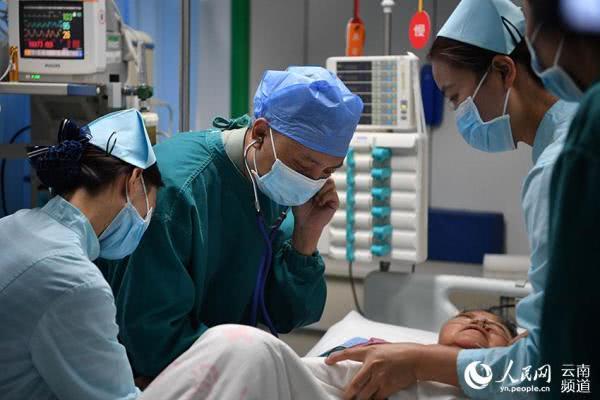 老挝车祸4名重伤员已转运回国接受治疗