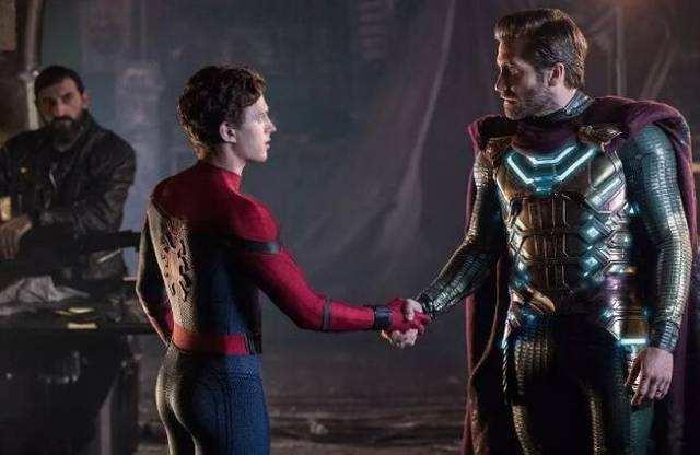 漫威:去掉特效的蜘蛛侠会是什么样?弗瑞竟然拿着一把玩具枪