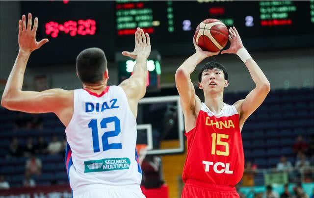 中国男篮6分险胜连夺3城,可喜之余仍有不足,若不重视必有后患